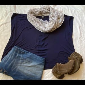 Navy blue top with sheer center panel, comfy!